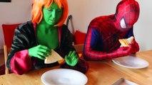 Ее Халк становится красной? ж/ замороженные Эльза Паук ядовитый Плющ Супермен Человек-паук в реальной жизни