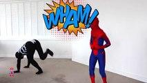 Человек-паук против Венома в реальной жизни Супергерои в реальной жизни в кино SuperheroSchool