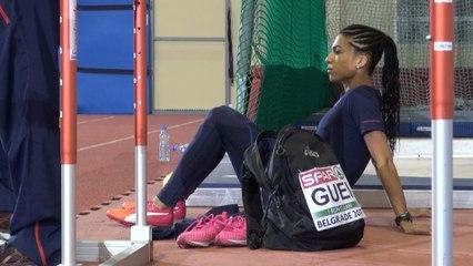 Floria Gueï concentrée avant la finale du 400 m