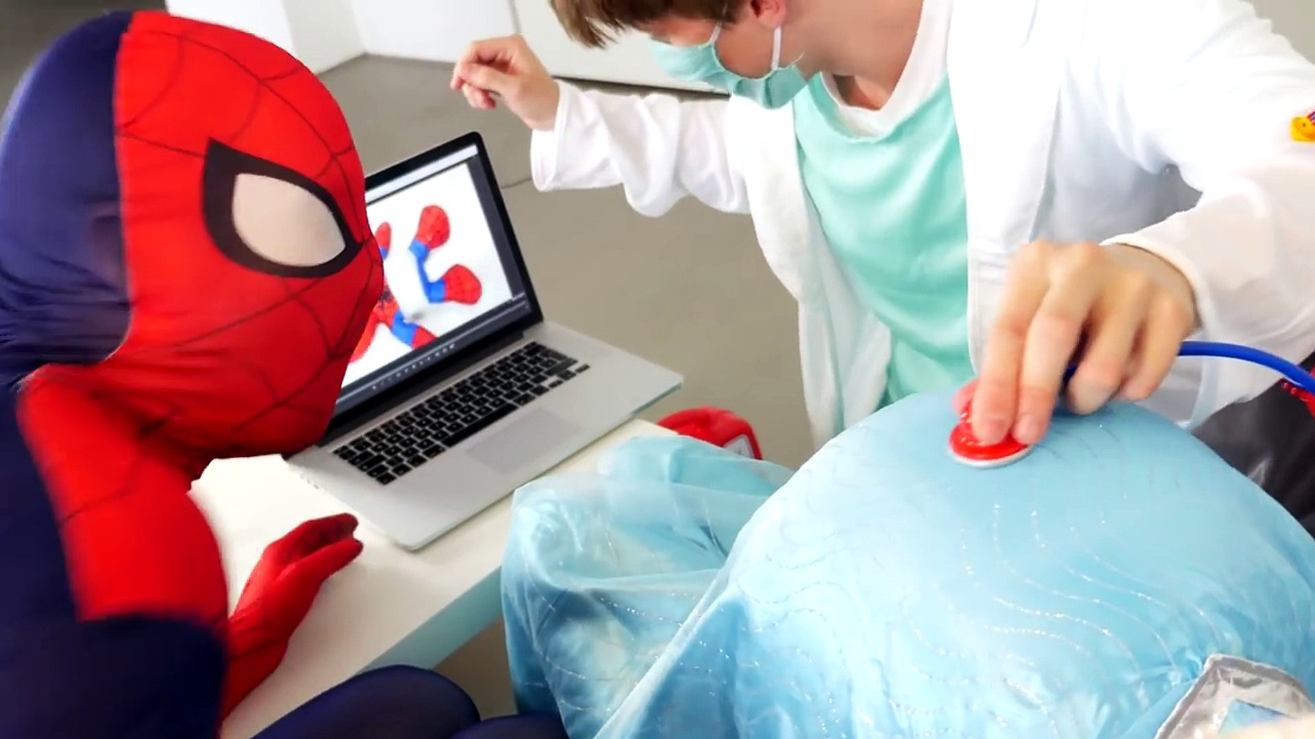 PREGNANT FROZEN ELSA & SPIDERMAN With Spiderbaby And Doctor Fun Superhero Movie In Real Life