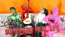 Frozen Elsa & Spiderman Soda Challenge - Coke & Mentos - Superman, Hulk! Funny Superhero V