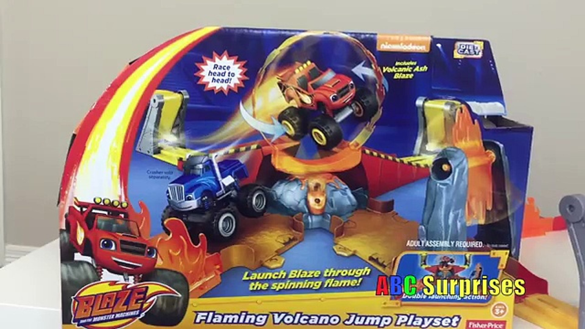 SURPRISE TOYS MAGIC Blaze and the Monster Machines Swoops Brings Surprise Eggs & Disney Ca