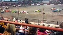 Voici la Figure 8, la course automobile la plus folle au monde