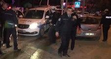 Polis Aracı ile Otomobil Çarpıştı: 3 Polis Memuru Yaralandı