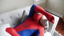 Человек-паук против Венома в реальной жизни Супергеройское кино Эпическая Битва супергероев противостояния Человек-Паук в реальной жизни