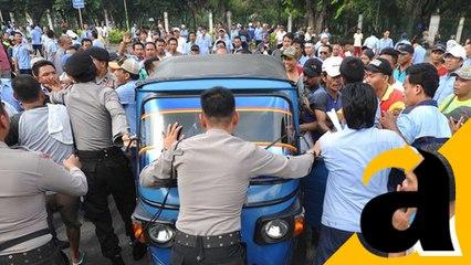 Tolak Transportasi Online, Supir Angkot Bandung Berunjuk Rasa