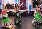 Indian Wedding Dance by Bride Friends    2017 Indian Wedding Dance Performance