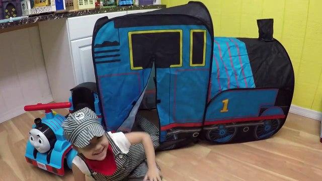 HUGE THOMAS AND FRIENDS SURPRISE TOYS TENT Egg Surprises Ride-On Train Set Toy Trains & Track Sets-HdS2qA