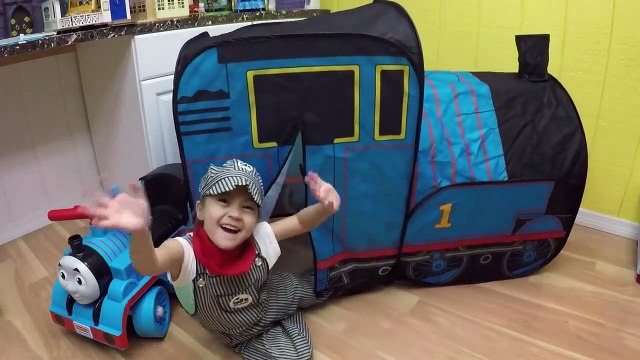 HUGE THOMAS AND FRIENDS SURPRISE TOYS TENT Egg Surprises Ride-On Train Set Toy Trains & Track Sets-H