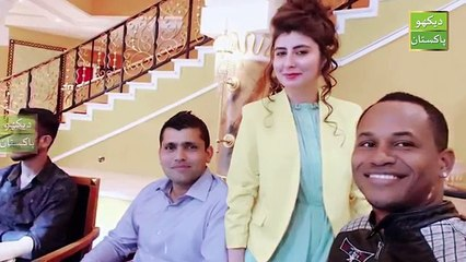 See What Najiba Faiz Doing with Foriegn players In Zalmi Team Dinner