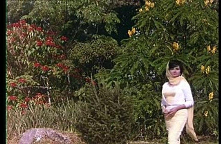 Tum Agar Sath Denay Ka Wadah Karo - Mahendra Kapoor - Lyrics Sahir Ludhianvi - Music Ravi - Film Humraz
