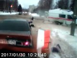Des ambulanciers éjectés de l'ambulance dans un terrible accident