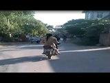 Cô gái khỏa thân, Cô gái khỏa thân đi xe máy,  Câu chuyện buồn nhiều người thương cảm
