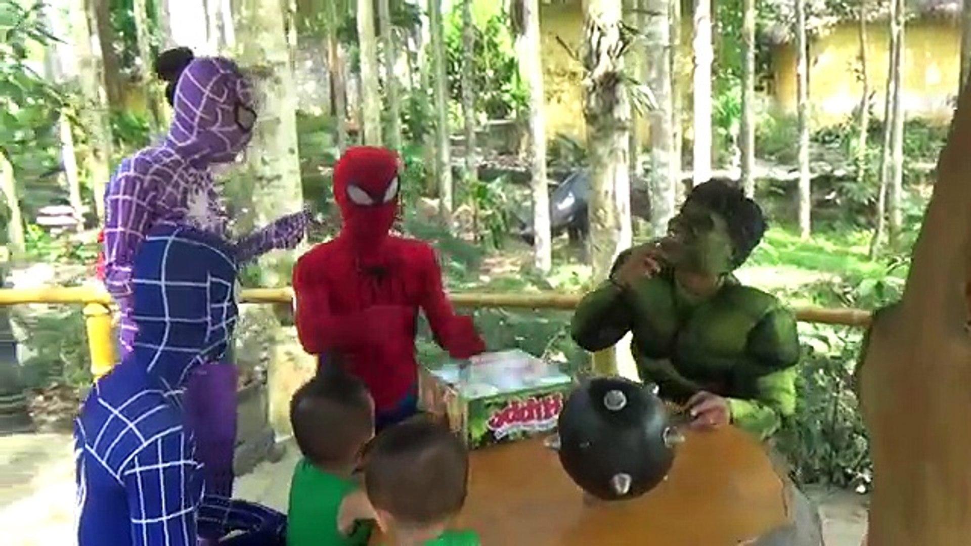 Человек-паук и Pupple Человек-паук и Халк и синий Паук ! ж/ палка замороженные elsa ! Удовольствие