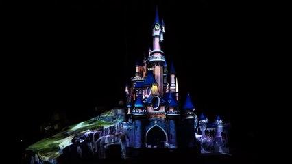 """Disneyland Paris """"Avant-première : la scène d'ouverture de """"Disney Illuminations"""""""