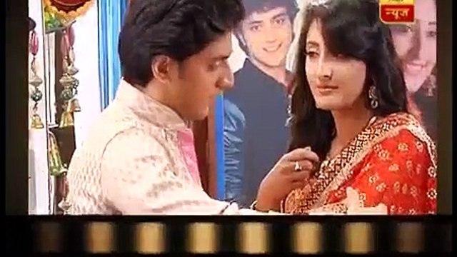 Ek Rishta Saajhedhari Ka_ Kinshuk Vaidya proposes Shivya Pathania in REAL!