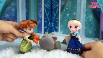 Elsa and Anna Toddlers Playing in the Snow! Do you wanna build a Snow Man   Frozen Surprise Eggs-