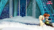 Elsa and Anna Toddlers Playing in the Snow! Do you wanna build a Snow Man   Frozen Surprise Eggs-h