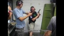 Un prof de tir pas très au point avec son 44 Magnum...