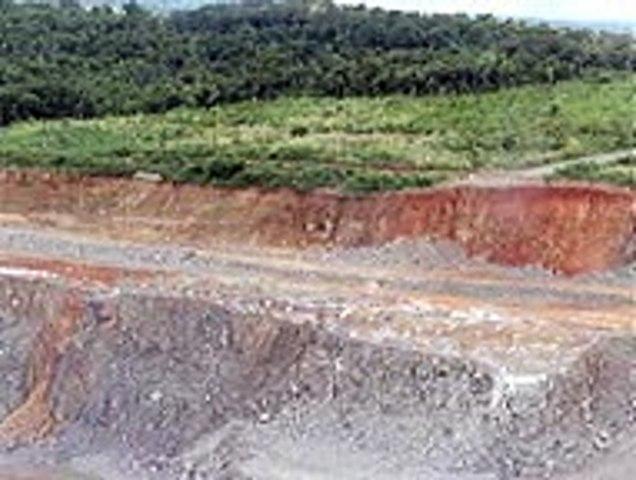 Detonações em séries realizadas nas Usinas de Jirau / Rondônia