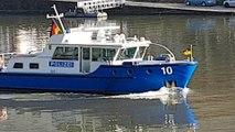 Polizeiboot auf dem Neckar bei Heidelberg / Police boat on the Neckar