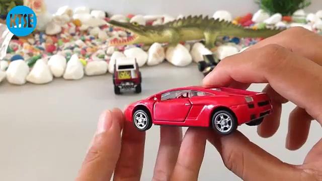 Z-Rod | Die-Cast Car | Hot Wheels Toy Car | Custom Ford Bronco