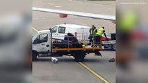 Le personnel au sol de l'aéroport de Luton maltraite les bagages...