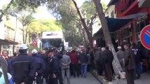 Aydın CHP Lideri Kılıçdaroğlu Buharkent'te Parti Otobüsünden Seslendi