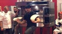 Voici à quoi ressemble une épreuve de pizza acrobatique
