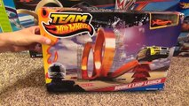 Hot Wheels Double Loop Launch Stunt Set with Launcher and Jump Toy Review-Hhq9o