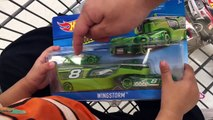 Kids Toys BeeTube - $10 Toy Shopping Challenge! Hot Wheels TOY HUNT with $10! Toy Haul Win