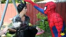 Frozen Anna Loses Her Hair! w/ Elsa, Spiderman vs Maleficent & Joker Superheroes Movie In