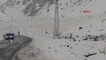 Van Çatak - Van Karayolu Çığ Düşmesi Sonucu Ulaşıma Kapandı