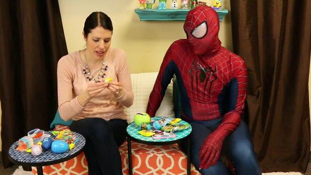 BARBIE SURPRISE TOYS PINATA DisneyCarToys Opens Frozen Fever Doll Kinder Surprise Eggs Bli