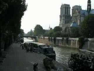 TIME LAPSE: NOTRE DAME DE PARIS