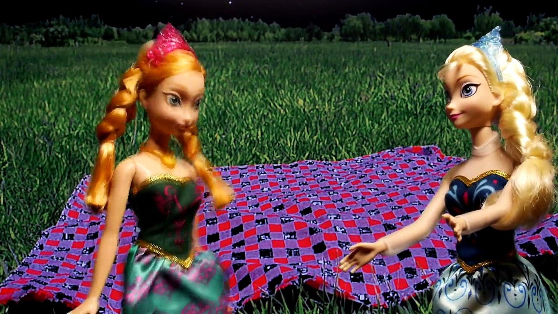 Дисней замороженные Эльза и Анна Дорога поездка играть доч Пляж Королева Эльза шутки Принцесса Анна Паритет