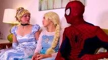 Frozen Elsa Turns into a BAD BABY! w_ Spiderman Pink Spidergirl Joker Anna! Funny Superhero Video  -)-xWa