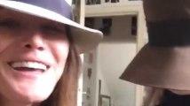 Carla Bruni chante avec sa fille pour Chuck Berry