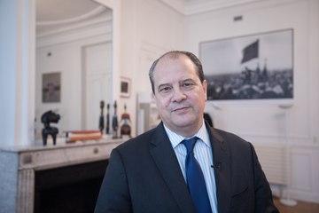 L'Edito de Jean-Christophe Cambadélis #30 - Benoit Hamon incarne l'espoir d'un pays sur la voie du succès tout en réglant les problèmes criants des Français.