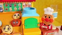 Anpanman bakery toy play with Larva & Pororo !! and Tayo snack 라바와 함께 빵집에서 빵구매하기 놀이 역할극. 꼬마버스 타요 과자 냠냠!