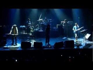 Zona Ganjah - Irie / No mas guerras (video oficial en vivo, HD)