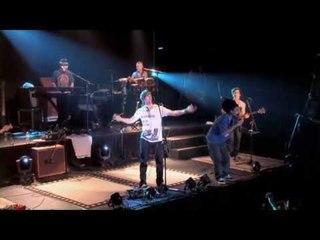 Dread Mar I & Armandinho - Nada sera facil [ DVD Armandinho Ao vivo em Buenos Aires ]