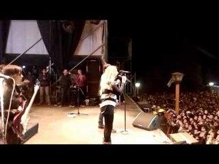 Axel Cantando con Adriana