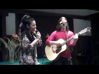 Día de Domingo-Claudia Armani-Marcos Assumpçao