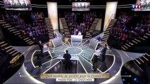 """""""Le Grand Débat"""" : Jean-Luc Mélenchon ridiculise Emmanuel Macron et Benoît Hamon ! (Vidéo)"""