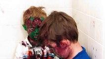 Deux frères se sont peints le visage !