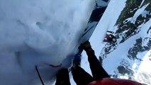 Skier dan sune pente raide... Très raide!