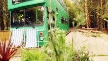 BIG GREEN BUS : un ancien bus scolaire anglais transformé en Hôtel
