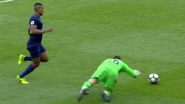Top 20 Funny Worst Goalkeeper Mistakes  HD