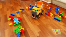 Wrecking Toy Dump Truck with Wrecking
